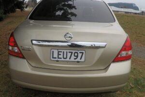 Nissan 4